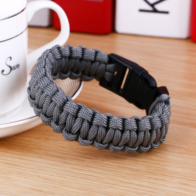 Men's Stylish Paracord Bracelet